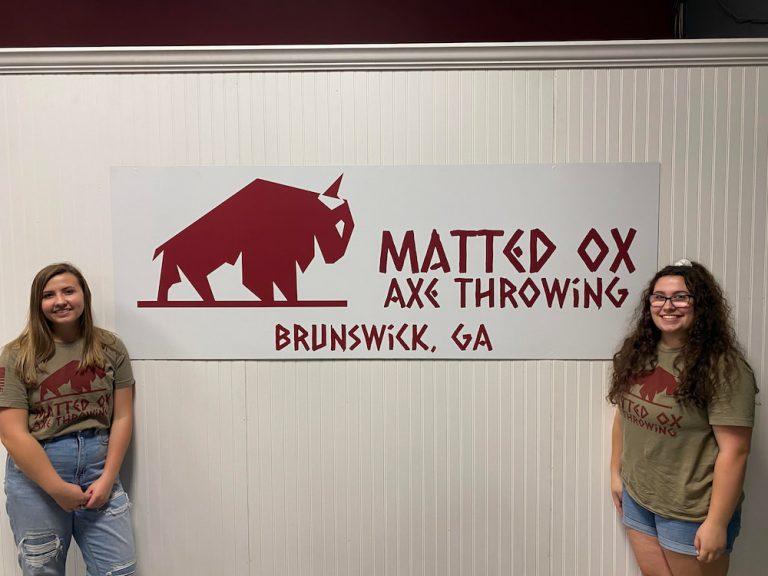 2 women axe thowers in Brunswick